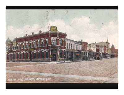 North Side Square, Butler, MO Postcard